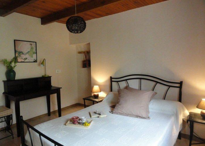 chambre confortable, chaleureuse, lit 2 places